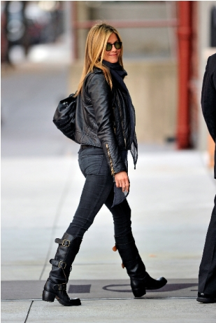 jennifer-aniston-in-fiorentini-baker-boots